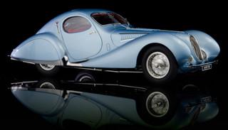 1937-1939 Talbot Lago T150 SS Figoni & Falaschi Teardrop Coupe RHD Right Hand Drive Blue Metallic Red Interior 1/18 Diecast Model Car CMC 145