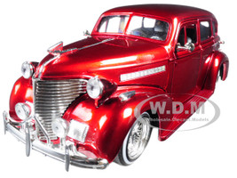 1939 Chevrolet Maser Deluxe Red Lowrider Series Street Low 1/24 Diecast Model Car Jada 98914