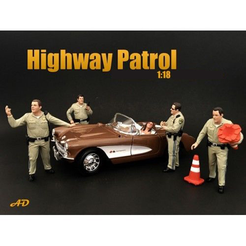 Highway Patrol Officers 4 Piece Figure Set For 1:18 Scale Models American Diorama 77463 77464 77465 77466