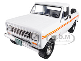1979 International Scout Terra Pickup Truck White Orange Spear 1/25 Diecast Model Car First Gear 49-0407