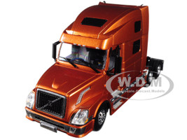 Volvo VN780 6X4 3 Axle Tractor Sleeper Cab Bronze 1/50 Diecast Model WSI Models 33-2031