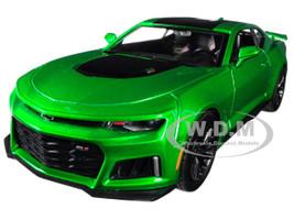 2017 Chevrolet Camaro ZL1 Metallic Green 1/24 Diecast Car Model Motormax 79351