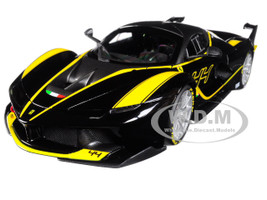 Ferrari FXX-K #44 Black Signature Series 1/18 Diecast Model Car Bburago 16907