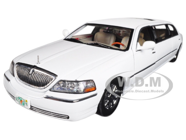 2003 Lincoln Town Car Limousine Vibrant White 1/18 Diecast Car Model Sunstar 4201