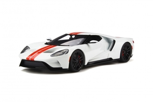 2017 Ford GT White with Red Stripes 1/18 Model Car GT Spirit GT097