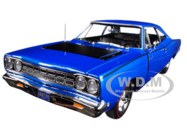 1968 Plymouth Road Runner Electric Blue Looney Tunes Class of '68 Limited Edition 1002 pieces Worldwide 1/18 Diecast Model Car Autoworld AMM1125