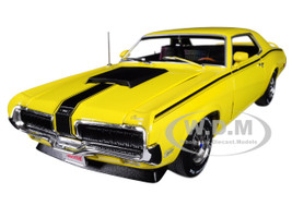 1970 Mercury Cougar Eliminator Competition Yellow Black Stripes Hemmings Muscle Machines Magazine October 2004 Cover Car Limited Edition 1002 pieces Worldwide 1/18 Diecast Model Car Autoworld AMM1155