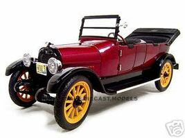 1917 REO Touring Burgundy 1/18 Diecast Model Car Signature Models 18105