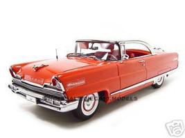 1956 Lincoln Premiere Red Platinum1/18 Diecast Car Model Sunstar 4651