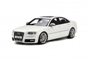 Audi S8 D3 Ibis White Limited Edition 999 pieces Worldwide 1/18 Model Car Otto Mobile OT699