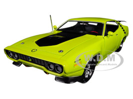 1971 Plymouth Road Runner 440+6 Hardtop Looney Tunes 50th Anniversary Plymouth Road Runner 1968 2018 CY3 Citron Yella Yellow Limited Edition 1002 pieces Worldwide 1/18 Diecast Model Car Autoworld AMM1158