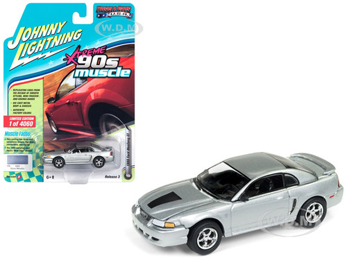 1999 Ford Mustang GT Silver 90's Muscle Limited Edition 4060 pieces Worldwide 1/64 Diecast Model Car Johnny Lightning JLSP029 A