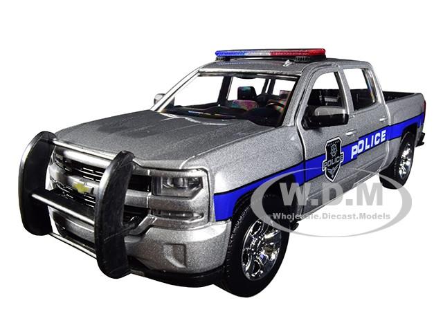 2017 Chevrolet Silverado 1500 LT Z71 Crew Cab Police Silver Law Enforcement Public Service Series 1/24 Diecast Model Car Motormax 76966