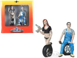 Michele Derek Tire Brigade 2 piece Figurine Set 1/18 Motorhead Miniatures 768
