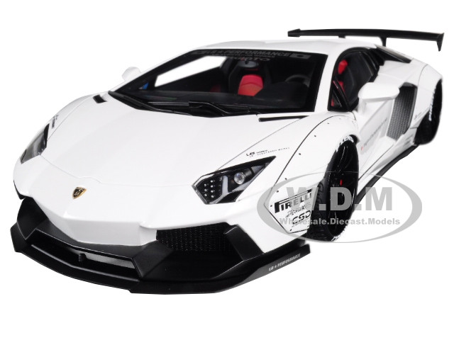 Lamborghini Aventador LB-Works White Black Wheels 1/18 Model Car Autoart 79105