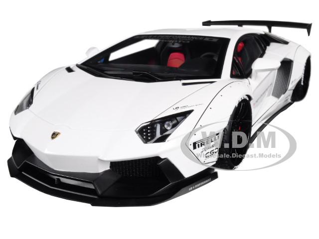 Lamborghini Aventador LB-Works White Black Wheels 1/18 Model Car Autoart 79105