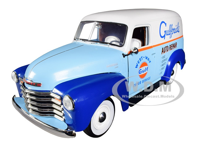 1948 Chevrolet Panel Delivery Truck Gulf Oil Limited Edition 1002 pieces Worldwide 1/18 Diecast Model Car Autoworld AW250