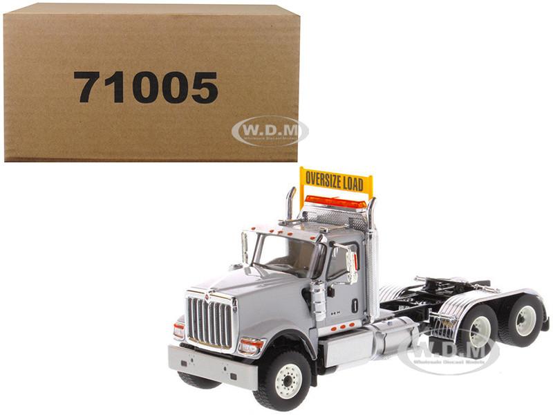 International HX520 Day Cab Tandem Tractor Light Grey 1/50 Diecast Model Diecast Masters 71005