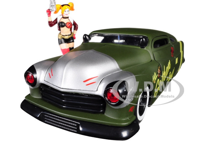 1951 Mercury Matt Green Harley Quinn Diecast Figure DC Comics Bombshells Series 1/24 Diecast Model Car Jada 30456