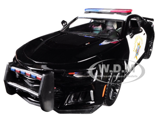 2017 Chevrolet Camaro ZL1 California Highway Patrol CHP Black White Law Enforcement Public Service Series 1/24 Diecast Model Car Motormax 76967