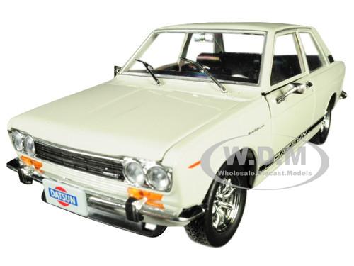 1970 Datsun 510 White Black Stripes Auto Japan Limited Edition 5800 pieces Worldwide 1/24 Diecast Model Car M2 Machines 40300-JPN02 B