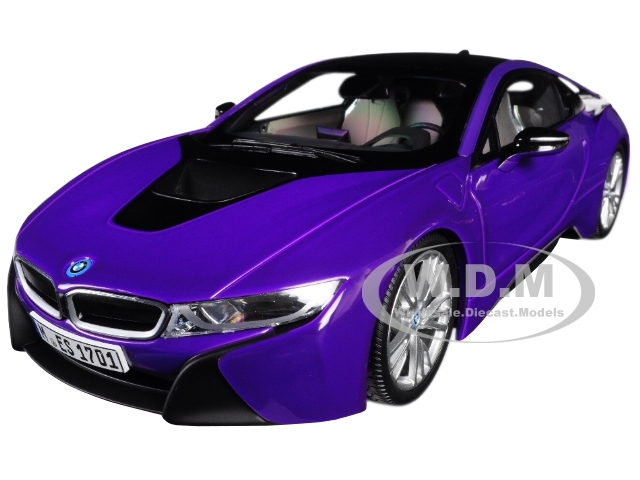 BMW i8 Purple Black Top 1/18 Diecast Model Car Paragon 97088