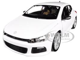 Volkswagen Scirocco R White 1/24 Diecast Model Car Bburago 21060