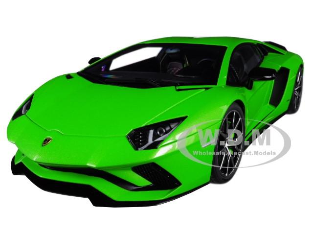 Lamborghini Aventador S Verde Mantis Pearl Green 1/18 Model Car Autoart 79133