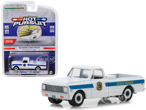 1972 Chevrolet C10 Cheyenne Pickup Truck Delaware State Police Hot Pursuit Series 29 1/64 Diecast Model Car Greenlight 42860 A