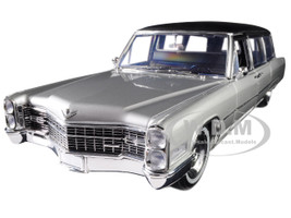 1966 Cadillac S&S Limousine Silver Black Top Precision Collection Limited Edition 396 pieces Worldwide 1/18 Diecast Model Car Greenlight 18005