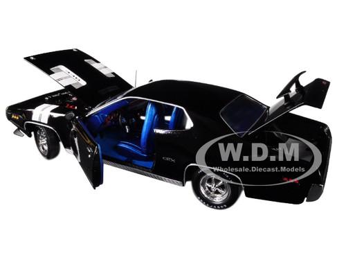 1:18 Auto World Plymouth GTX 1971 black NEW bei PREMIUM-MODELCARS