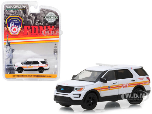 2017 Ford Interceptor Utility White FDNY Official Fire Department City of New York Commissioner Liaison Hobby Exclusive 1/64 Diecast Model Car Greenlight 30012