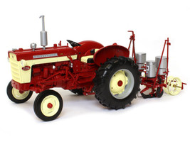International Harvester Farmall 340 Tractor 251 Planter Classic Series 1/16 Diecast Model Speccast ZJD1804
