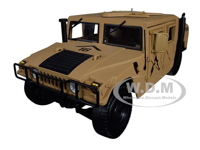 HMMWV Humvee Military Police Desert Tan 1/18 Diecast Model Car Autoworld AWML003 B