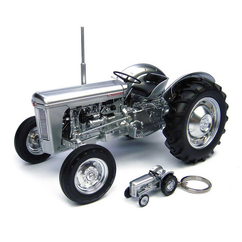 1957 Ferguson TO 35 Tractor Keychain Brushed Metal 60th Anniversary Limited Edition 999 pieces Worldwide 1/16 Diecast Model Universal Hobbies UH4862