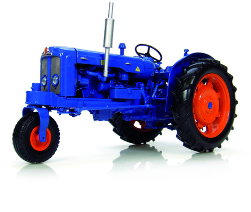 Fordson Super Major Narrow Row Crop Version Tricycle Tractor 1/16 Diecast Model Universal Hobbies UH2887