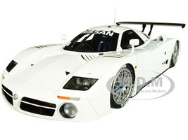 Nissan R390 GT1 Le Mans 1998 Gloss White Signature Series 1/18 Diecast Model Car Autoart 89877