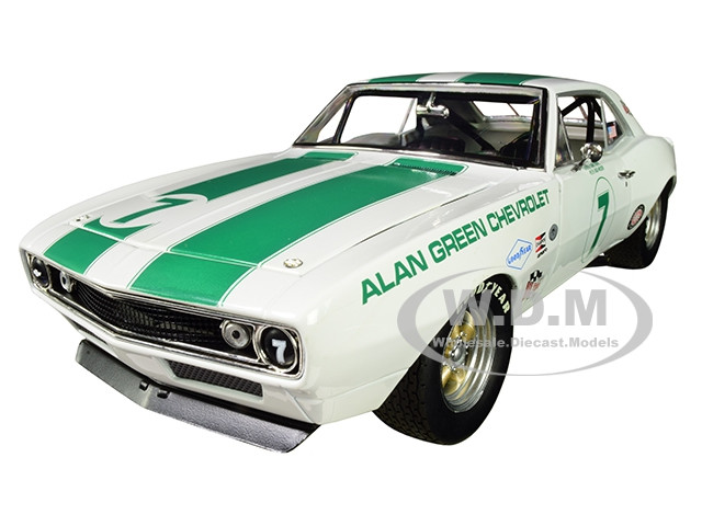 1967 Chevrolet Camaro Z/28 Alan Green Chevrolet #7 Gary Gove Mark Donohue Skip Scott Max Dudley Limited Edition 402 pieces Worldwide 1/18 Diecast Model Car GMP 18909
