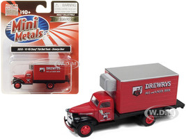 1941 1946 Chevrolet Box Reefer Refrigerated Truck Drewrys Ale and Lager Beer Red 1/87 HO Scale Model Classic Metal Works 30518