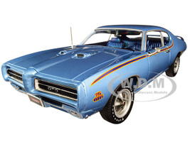 1969 Pontiac GTO Judge Warwick Blue MCACN 10th Anniversary Limited Edition 1002 pieces Worldwide 1/18 Diecast Model Car Autoworld AMM1171