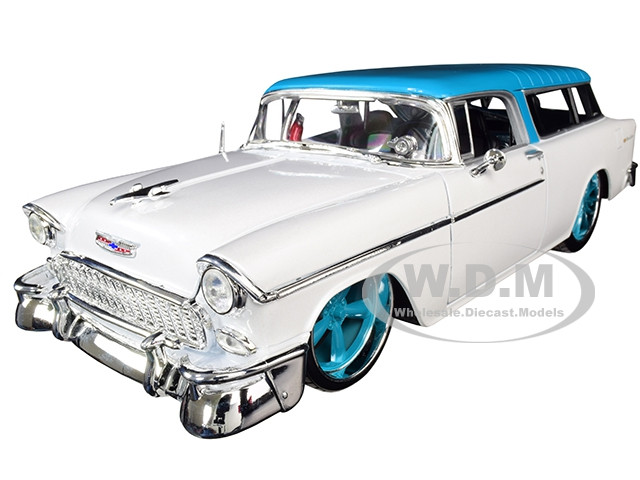 1955 Chevrolet Bel Air Nomad Metallic White Blue Top Classic Muscle 1/18 Diecast Model Car Maisto 32613