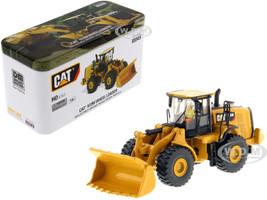 CAT Caterpillar 972M Wheel Loader Operator High Line Series 1/87 HO Scale Diecast Model Diecast Masters 85949