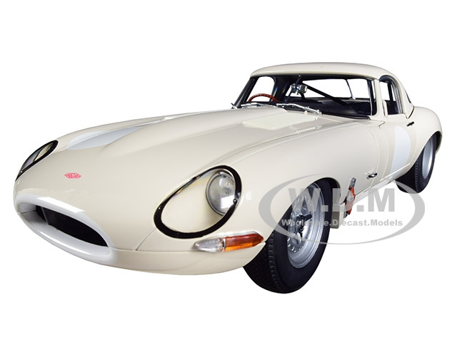 Jaguar Lightweight E Type Roadster RHD Right Hand Drive White 1/18 Model Car Autoart 73649