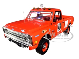 1969 Chevrolet C10 Baja 1000 #40 Pickup Truck Red Mecum Auctions 1/18 Diecast Model Car Highway 61 18007