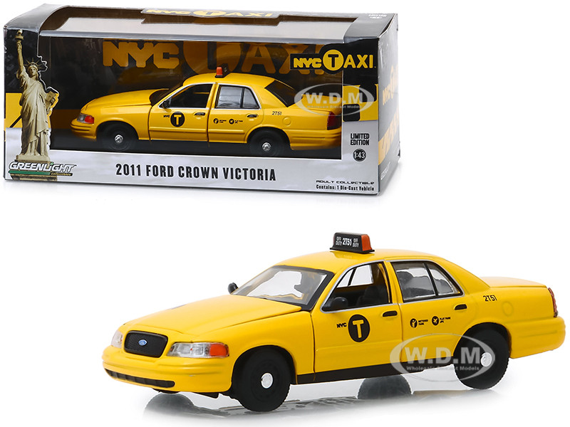 2011 Ford Crown Victoria NYC Taxi New York City Yellow 1/43 Diecast Model Car Greenlight 86164