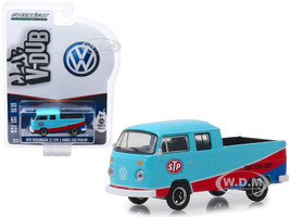1976 Volkswagen T2 Type 2 Double Cab Pickup Truck STP Blue Red Club Vee V-Dub Series 9 1/64 Diecast Model Car Greenlight 29960 E