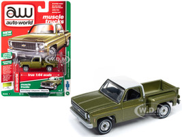1973 Chevrolet Cheyenne Pickup Truck Stepside Stock Height Lime Green Metallic White Top Muscle Trucks Limited Edition 7016 pieces Worldwide 1/64 Diecast Model Car Autoworld 64222 AWSP024 B