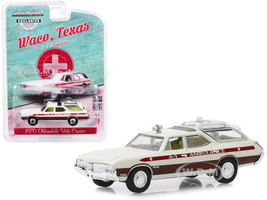 1970 Oldsmobile Vista Cruiser A-1 Ambulance Cream Waco Texas Hobby Exclusive 1/64 Diecast Model Car Greenlight 30066
