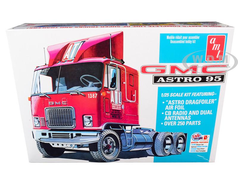 Skill 3 Model Kit GMC Astro 95 Truck Tractor 1/25 Scale Model AMT AMT1140