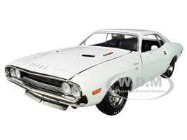 1970 Dodge Challenger R/T 440 White Limited Edition 5800 pieces Worldwide 1/24 Diecast Model Car M2 Machines 40300-74 A